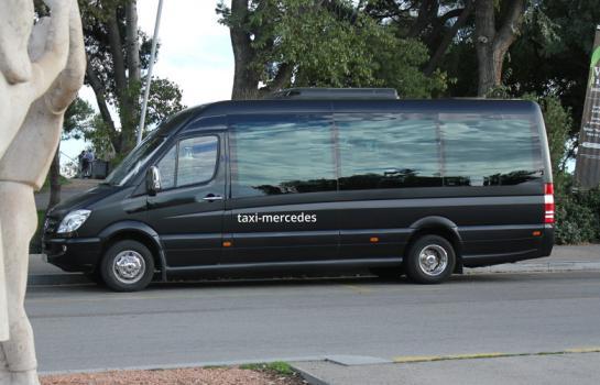 minibus-mercedes-turismo